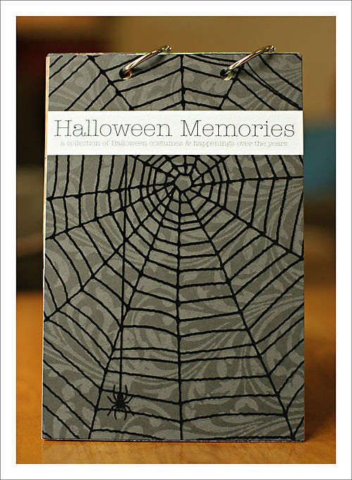 Halloween mini book page 1 cover for blgo