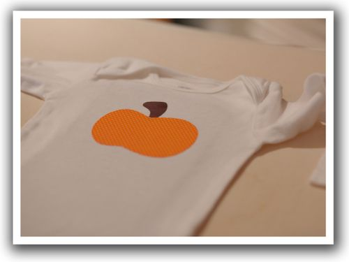 Pumpkin onesie presewing