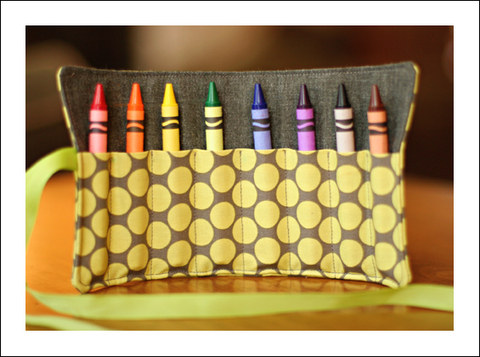 Polka_dot_crayon_holder_for_blog